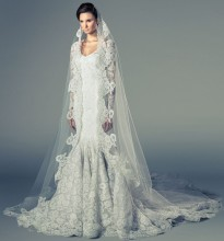1466683541-BRIDAL_Collection_F_1680X2554_quipure_veil_in_front